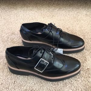 NWT! Zara woman size 41/10 black lace up shoes